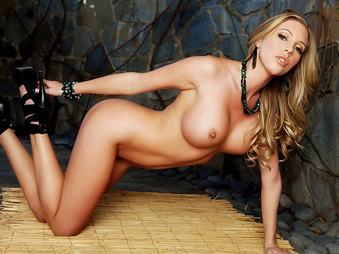 Samantha Saint in Against the Wall